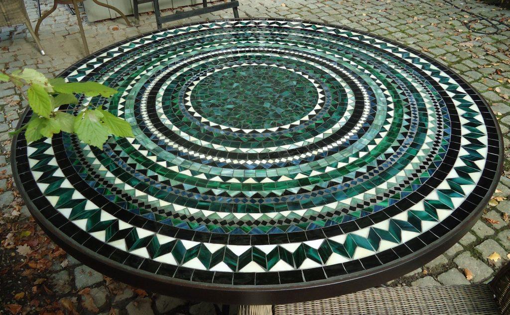 Runder Mosaiktisch (Nr. 3)