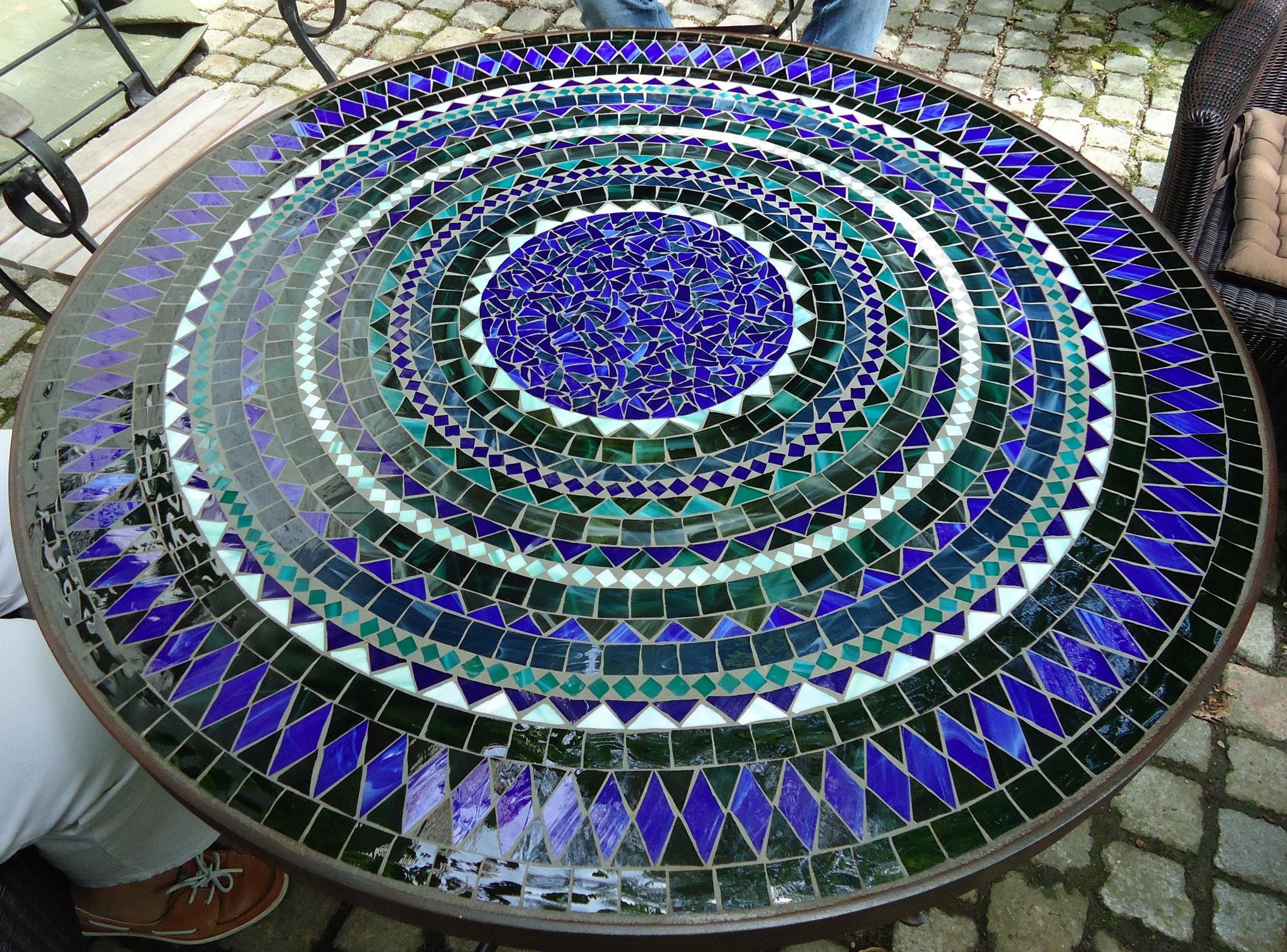 Runder Mosaiktisch (Nr. 10)