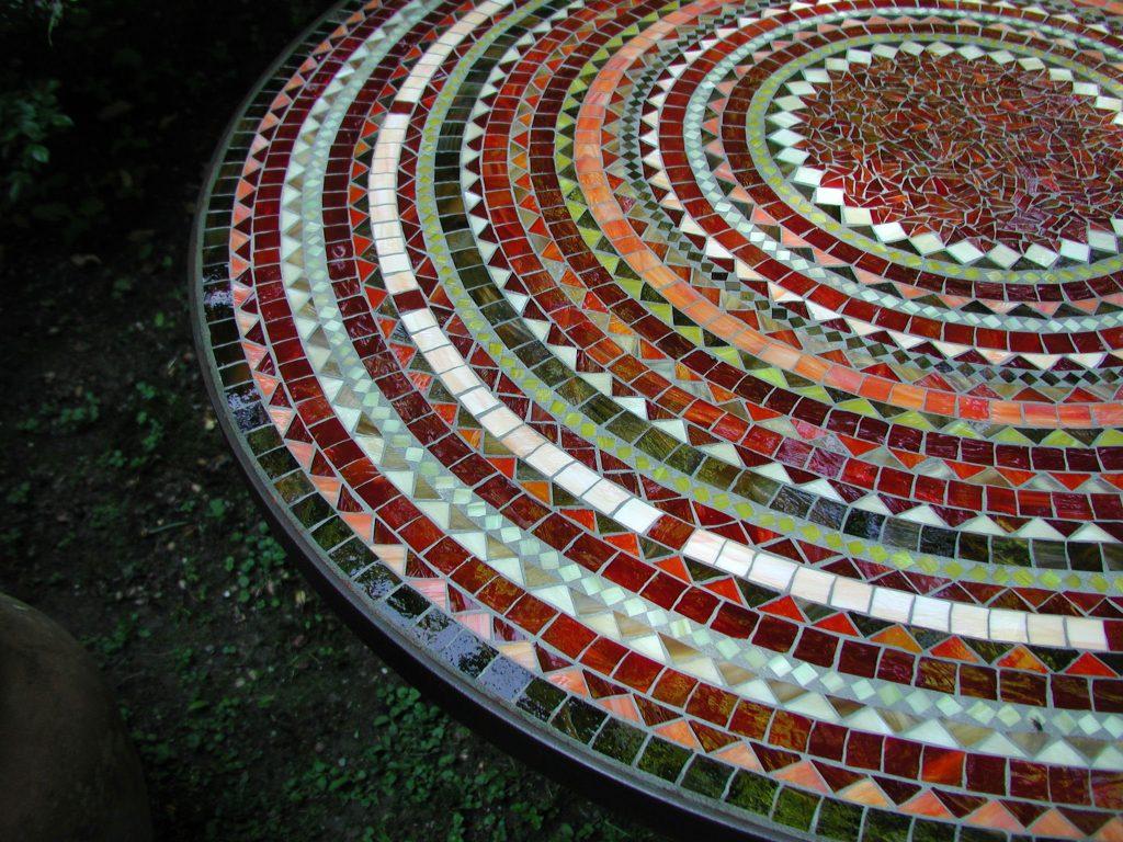 Runder Mosaiktisch (Nr. 12)