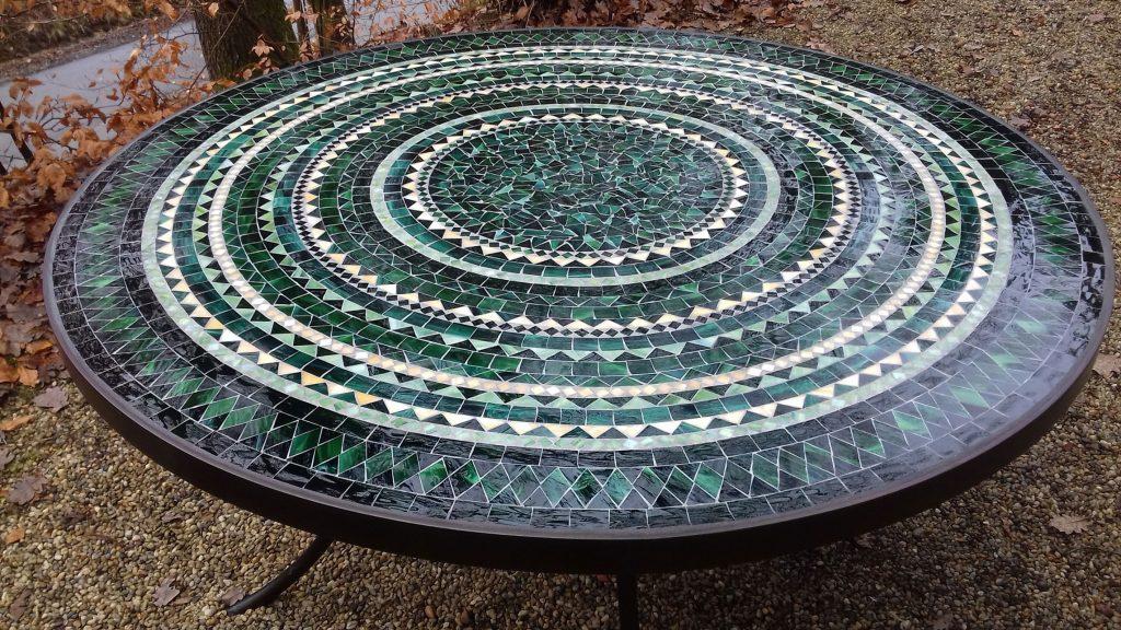 Runder Mosaiktisch (Nr. 20)