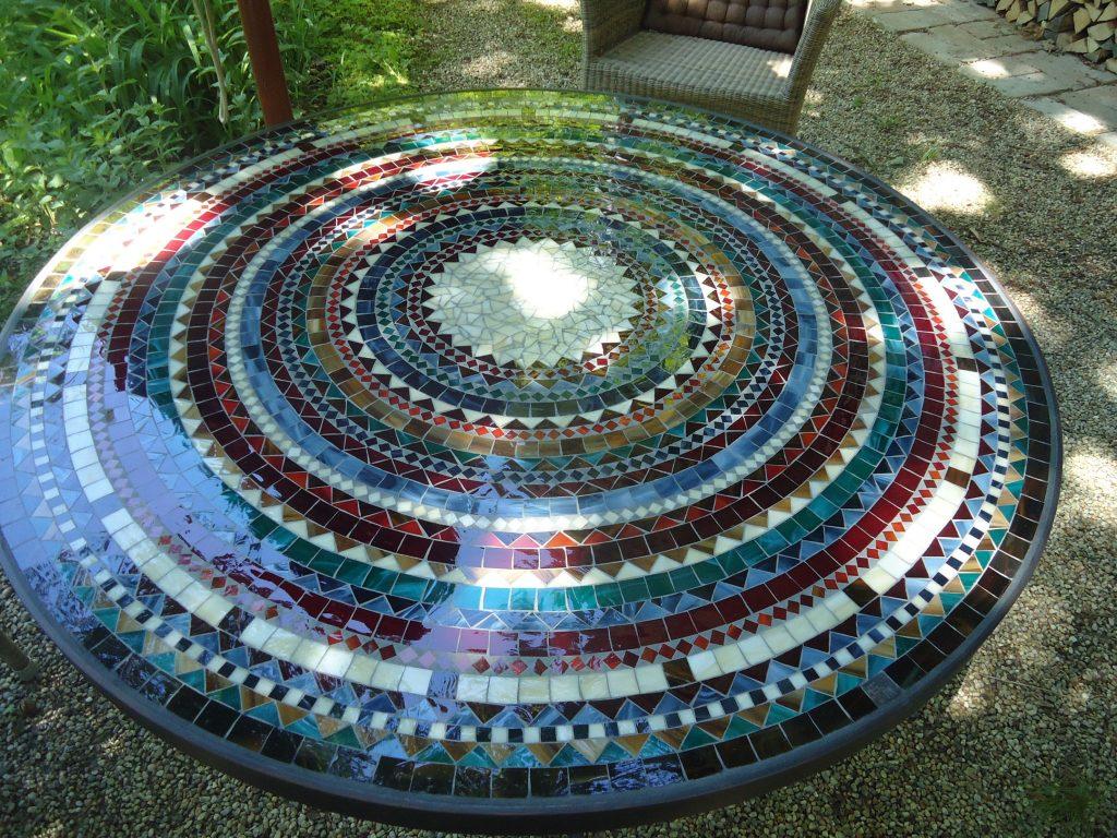 Runder Mosaiktisch (Nr. 23)