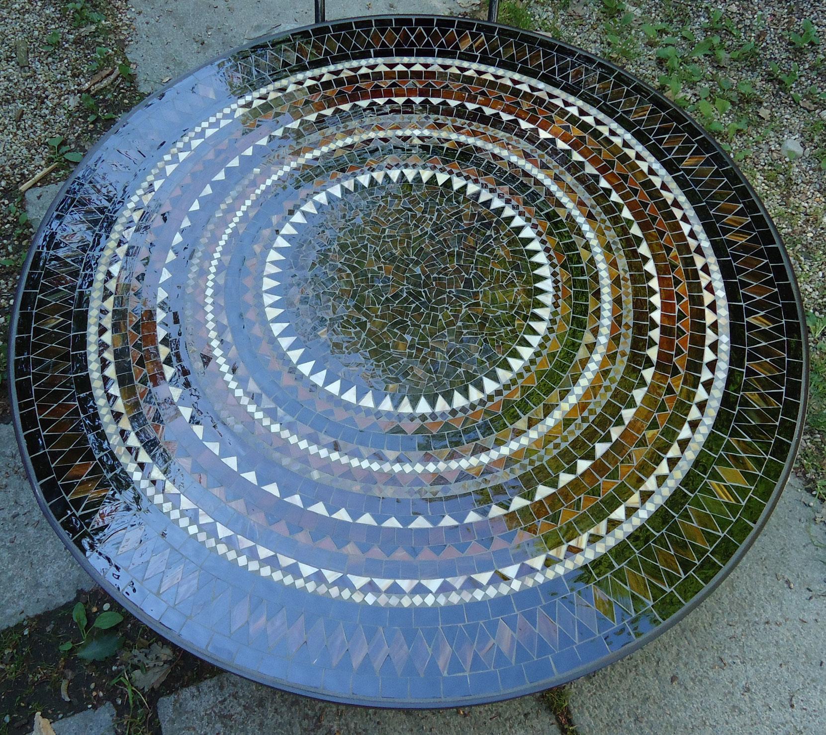 Runder Mosaiktisch (Nr. 33)