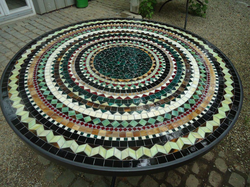 Runder Mosaiktisch (Nr. 43)