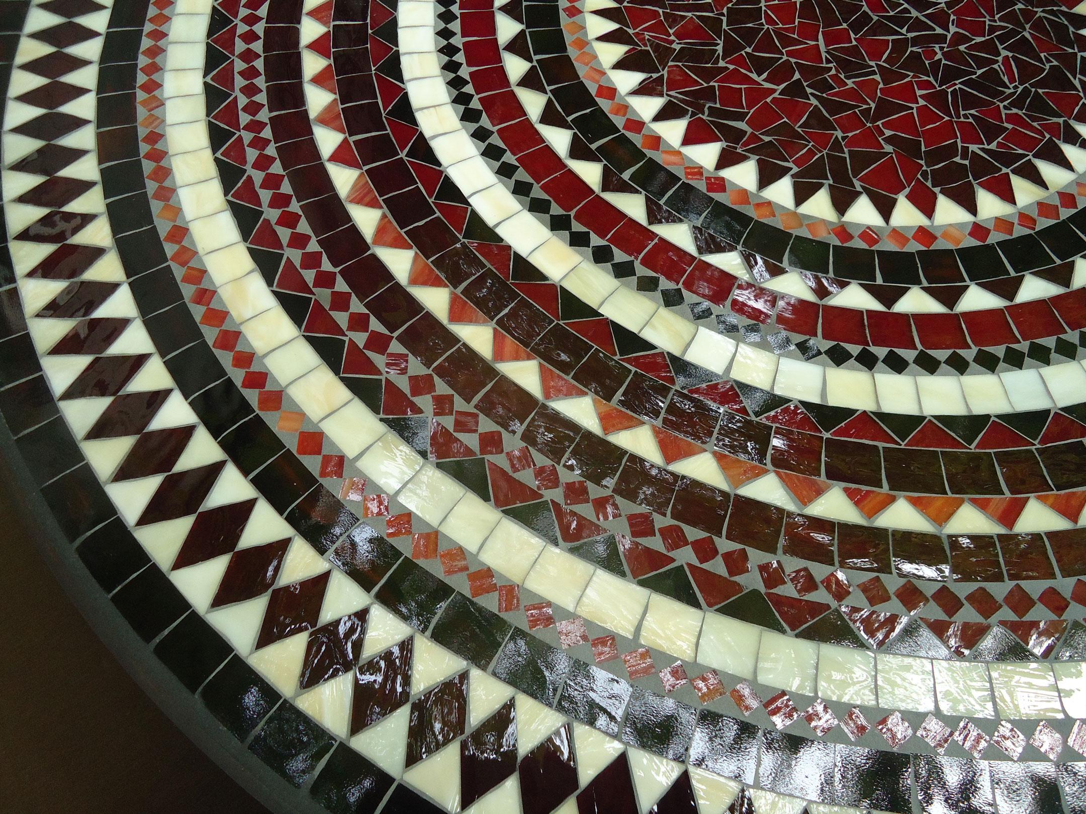 Runder Mosaiktisch (Nr. 44)
