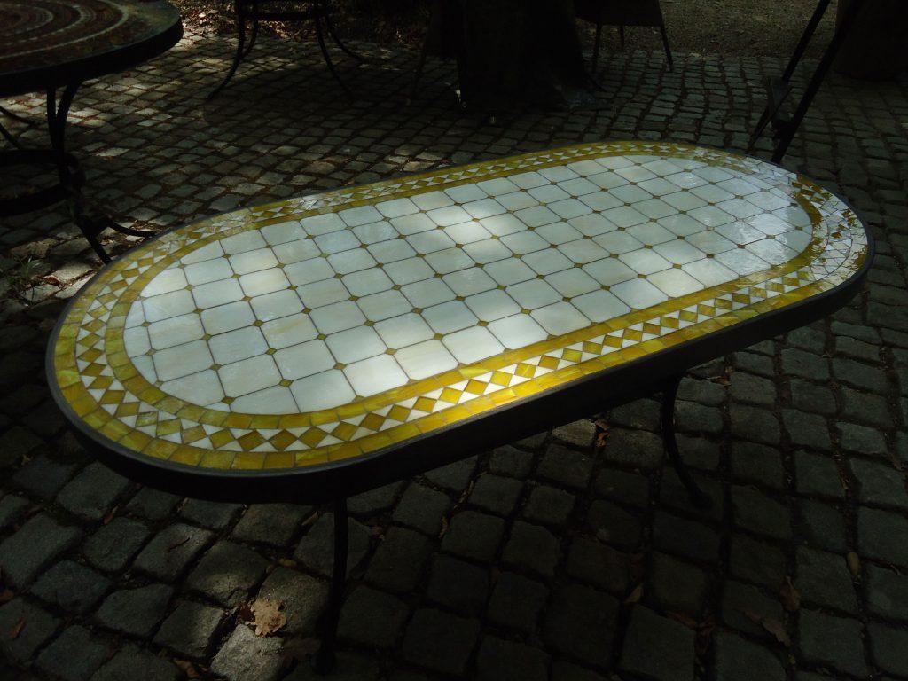 XXL-Tisch oval (Nr. 62)