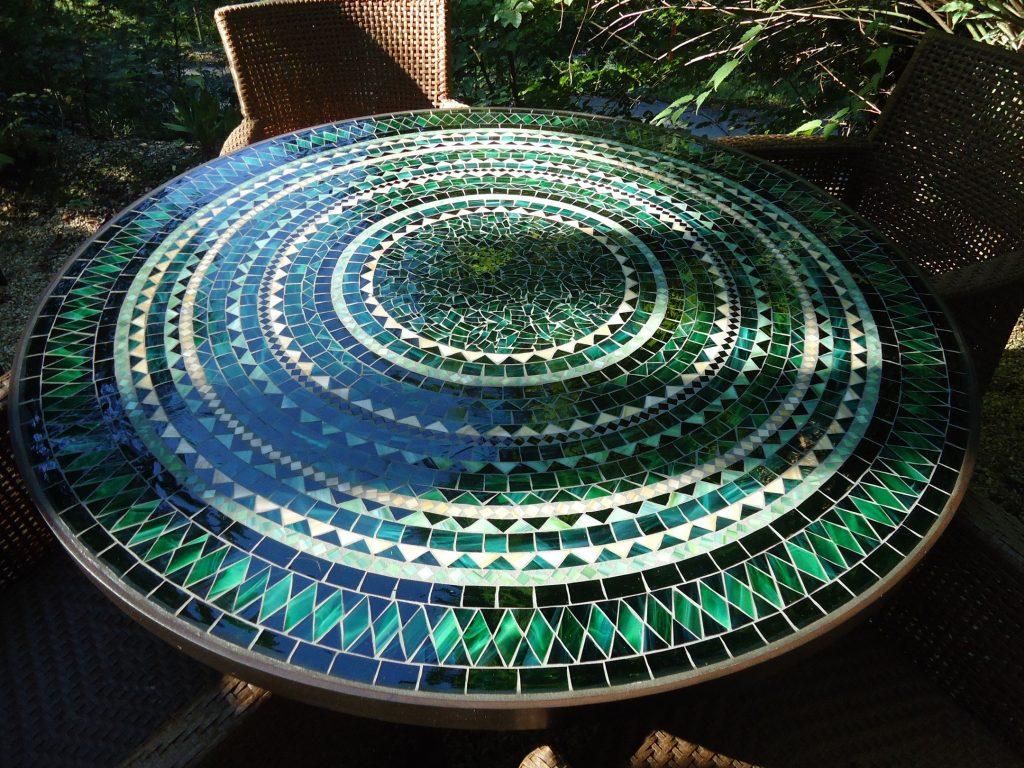 Runder Mosaiktisch (Nr. 63)