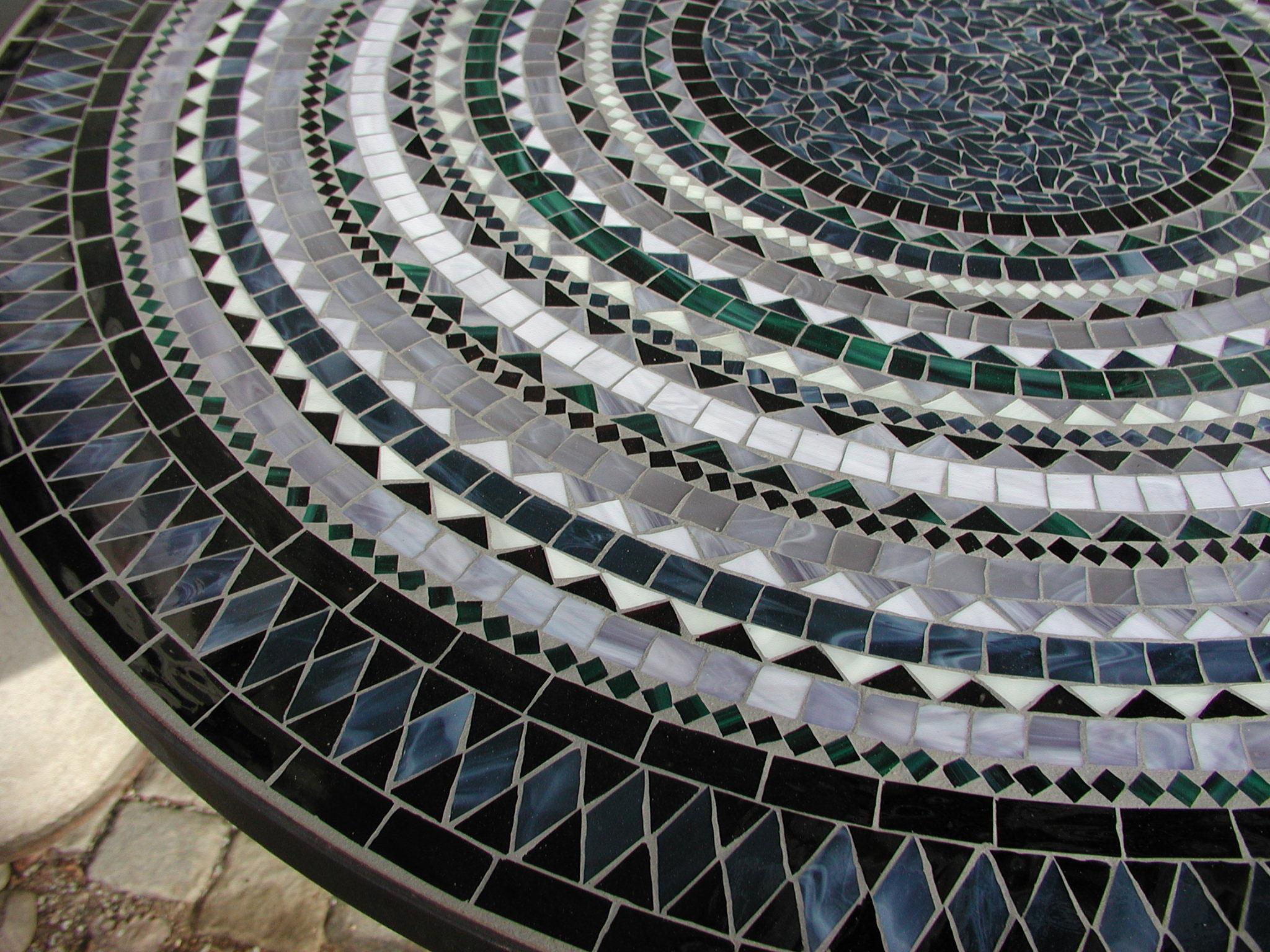 Runder Mosaiktisch (Nr. 71)