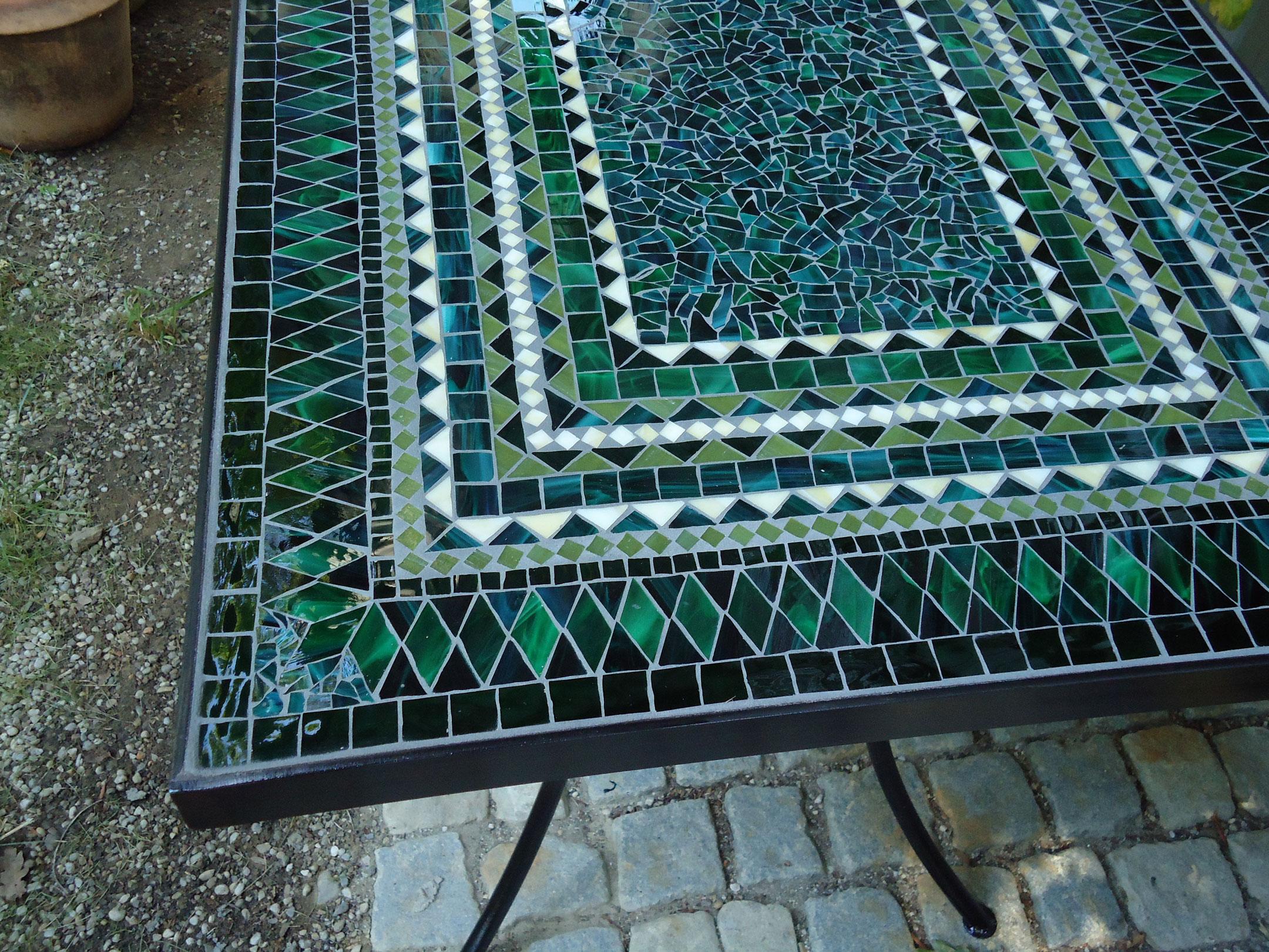 Mosaiktisch (Nr. 91)