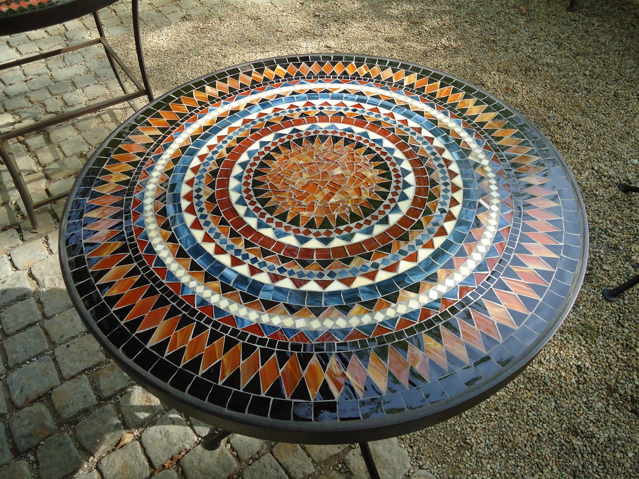 Runder Mosaiktisch (Nr. 93)