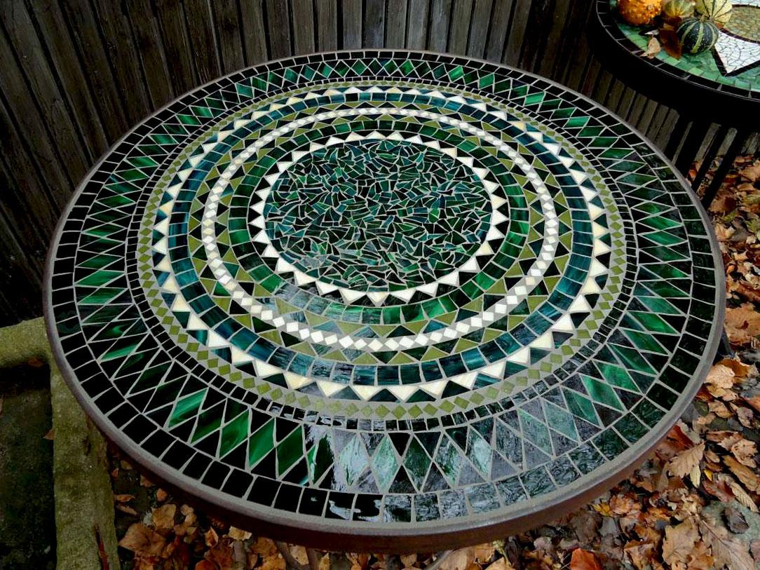 Runder Mosaiktisch (Nr. 100)